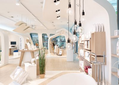 Ladeneinrichung-Shop-Dove