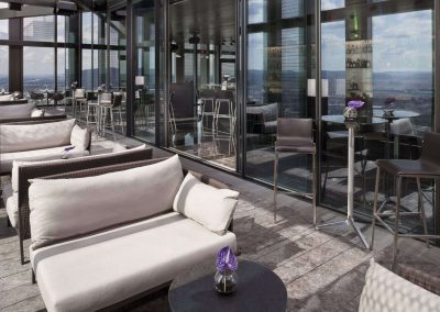tower-swissfineline-panoramafenster-gastro-bar